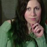 Head Shot Green Hair. (Image of Celinka Serre)